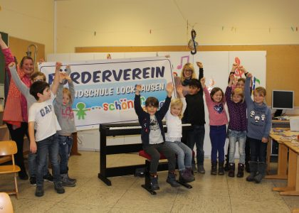 Lions Club Bad Salzuflen sponsort E-Piano